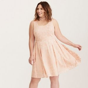 Torrid blush textured skater dress size 22 nwt